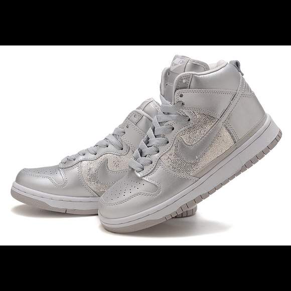 purchase cheap 6a733 51deb Womens Sequin Nike Dunk High Tops. M5b3cf71e534ef966d7d44c94